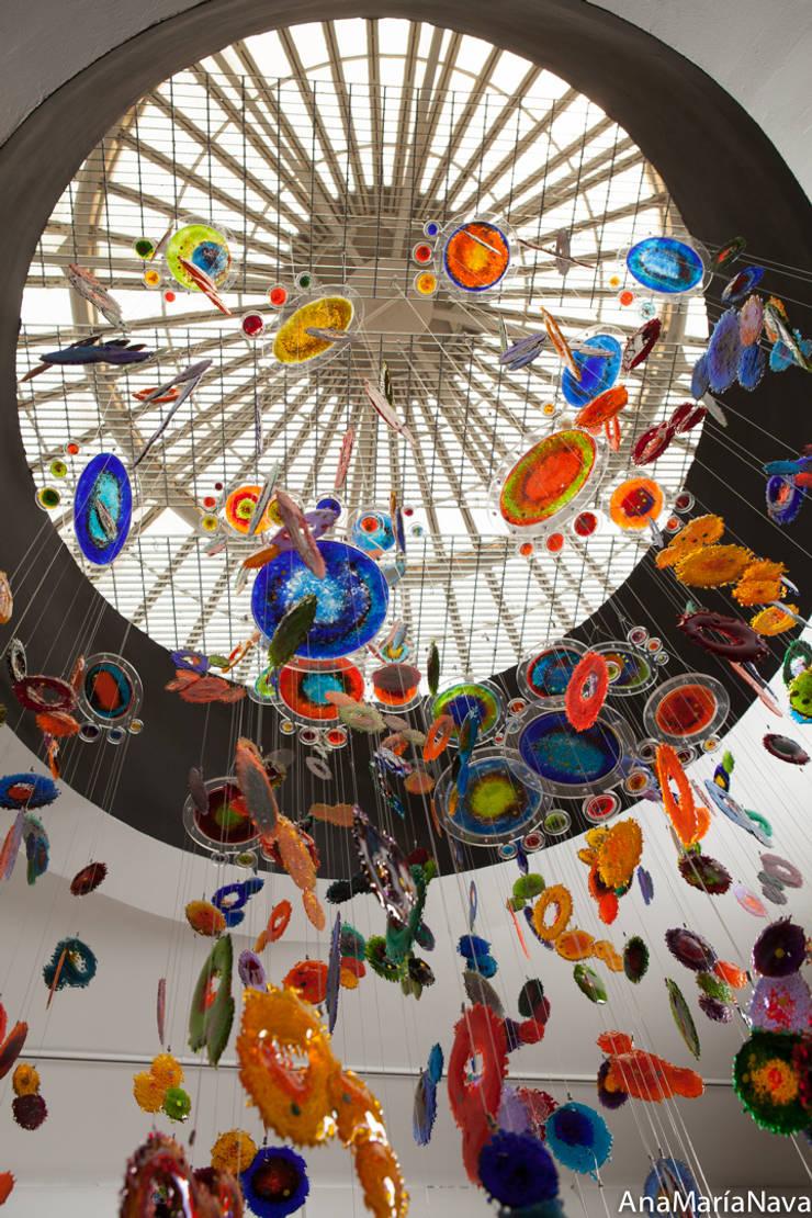 Nebula: Terrazas de estilo  por Ana Maria Nava Glass