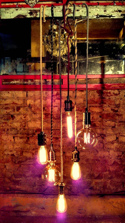 LAMPARAS ESTILO INDUSTRIAL: Hogar de estilo  por Muebles eran los de antes - Buenos Aires