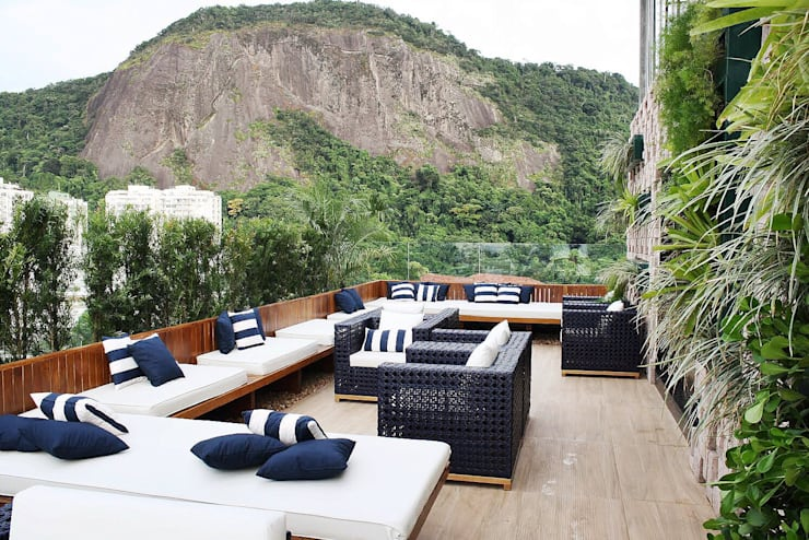 Terrace by TRIDI arquitetura