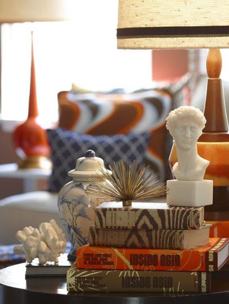 Coffee Table Styling :  Living room by Spacio Collections