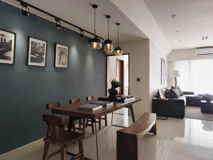 平鎮一號_方宅:  餐廳 by 貝爾設計B.R studio