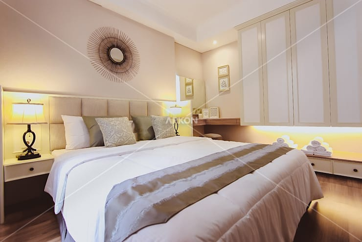 Apartment Landmark Residence, Bandung:  Bedroom by ARKON