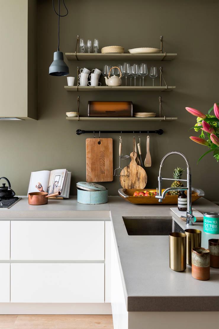 Keuken:  Keuken door FORM MAKERS interior - concept - design