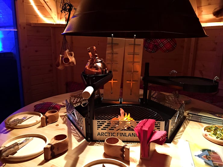 BBQ hut uit Finland- Ultiem genieten in eigen tuin!:  Tuin door Scandivik Buitenleven