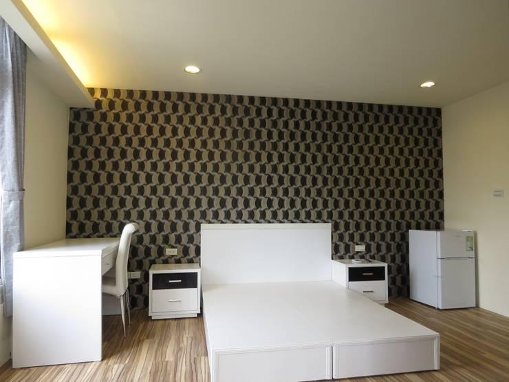 台南劉先生舊屋改套房(6間):  臥室 by 登品空間規劃工程有限公司