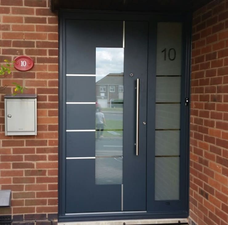 Puertas principales de estilo  por RK Door Systems