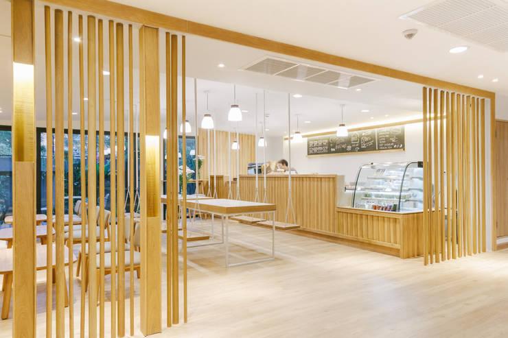 Mii Hotel Lobby :  ร้านอาหาร by บริษัท เพอเซพชั่น สตูดิโอ จำกัด