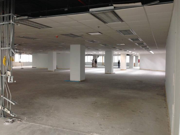พื้นที่ชั้น 27 :  อาคารสำนักงาน by DD Double Design