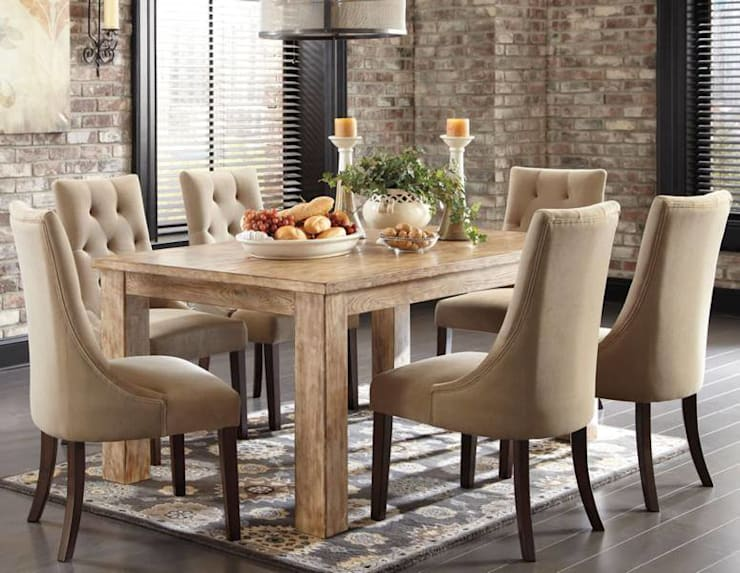 Rustic Dining Room: modern Dining room by Spacio Collections