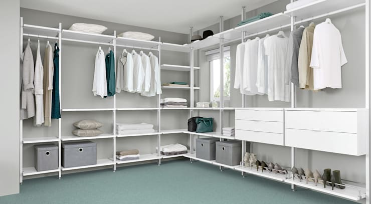 Closets de estilo  por Regalraum UK
