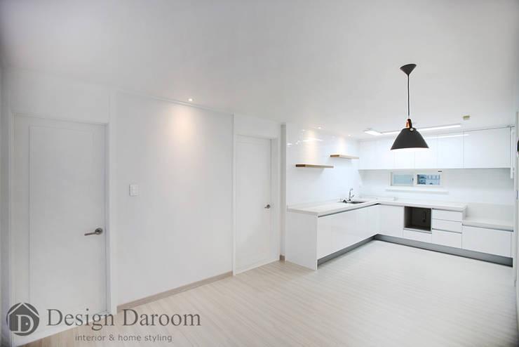 일산 성원3차 아파트 주방: Design Daroom 디자인다룸의  주방,