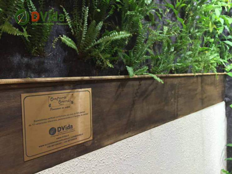 Los mejores Jardines verticales: Clínicas / Consultorios Médicos de estilo  por DVida Jardines verticales