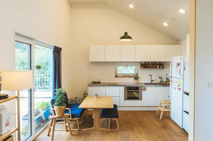 廚房 by AAPA건축사사무소