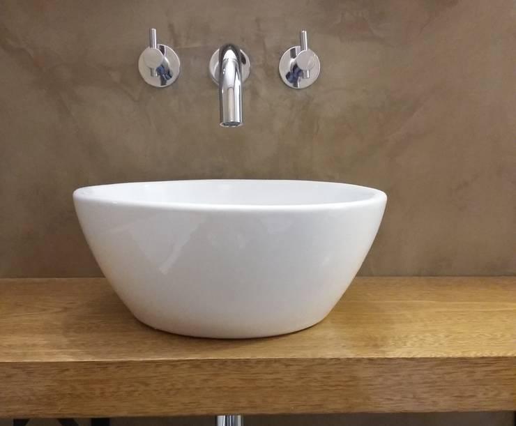 Remodelacion de Cocina y Baño:  de estilo  por Laura Artola- Diseño de Interiores,