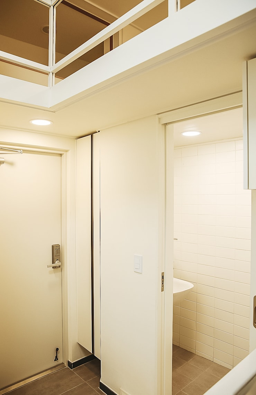 희소헌: AAPA건축사사무소의  욕실,모던