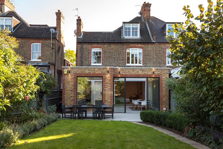 Victorian Conversion Maisons minimalistes par Corebuild Ltd Minimaliste