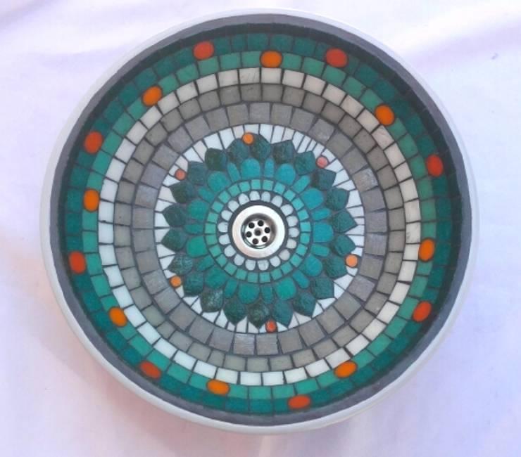 Bachas en mosaico veneciano:  de estilo  por Mosa Y Quito,Moderno