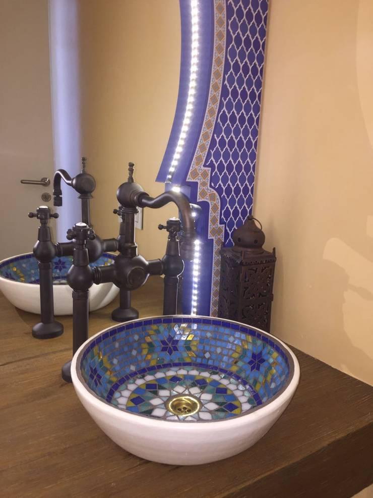 Bachas en mosaico veneciano:  de estilo  por Mosa Y Quito,Asiático