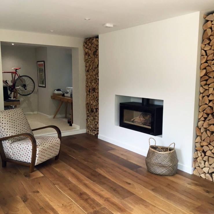 Ruang Keluarga oleh LA Hally Architect, Modern