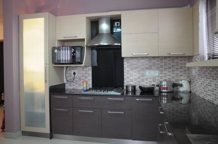 MODULAR KITCHEN:  Kitchen units by BENCHMARK DESIGNS