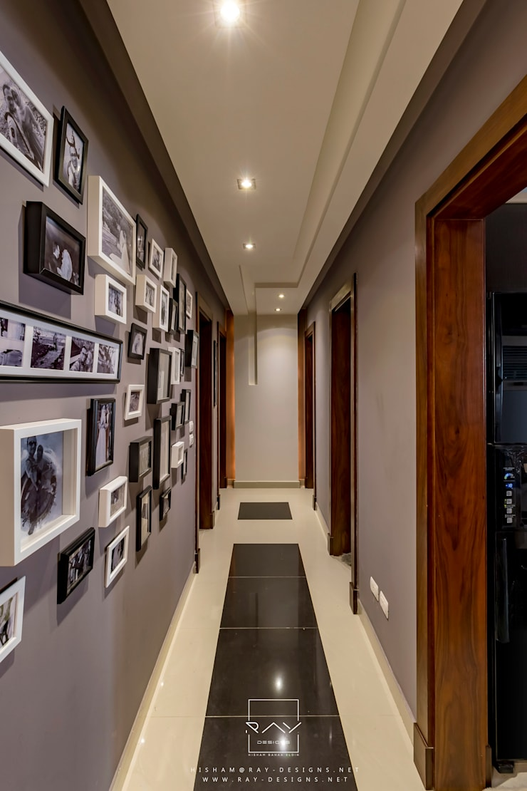 Corridor & hallway by RayDesigns, Modern