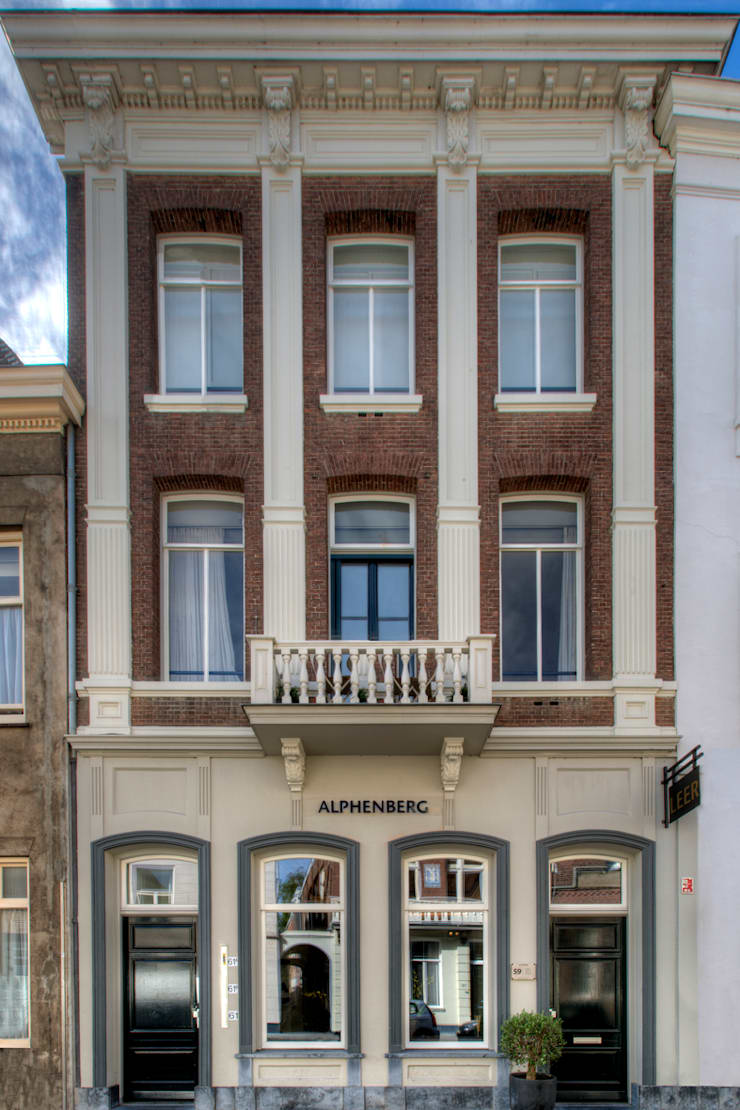 Alphenberg Leather:  Huizen door Loek van Walsem Fotografie