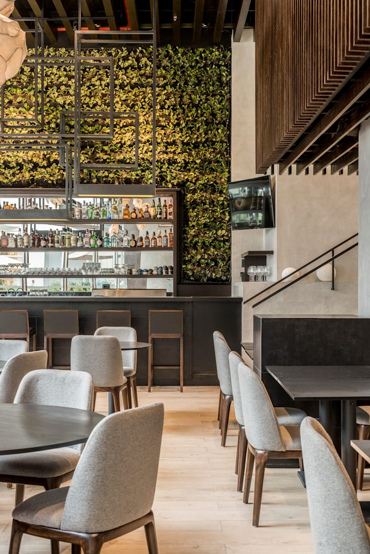 TOSHI Nikkei Restaurant: Restaurantes de estilo  por PALACIO ARQUITECTOS