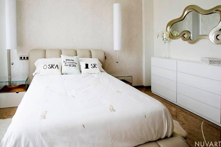Dormitorio: Dormitorios de estilo  de NUVART,