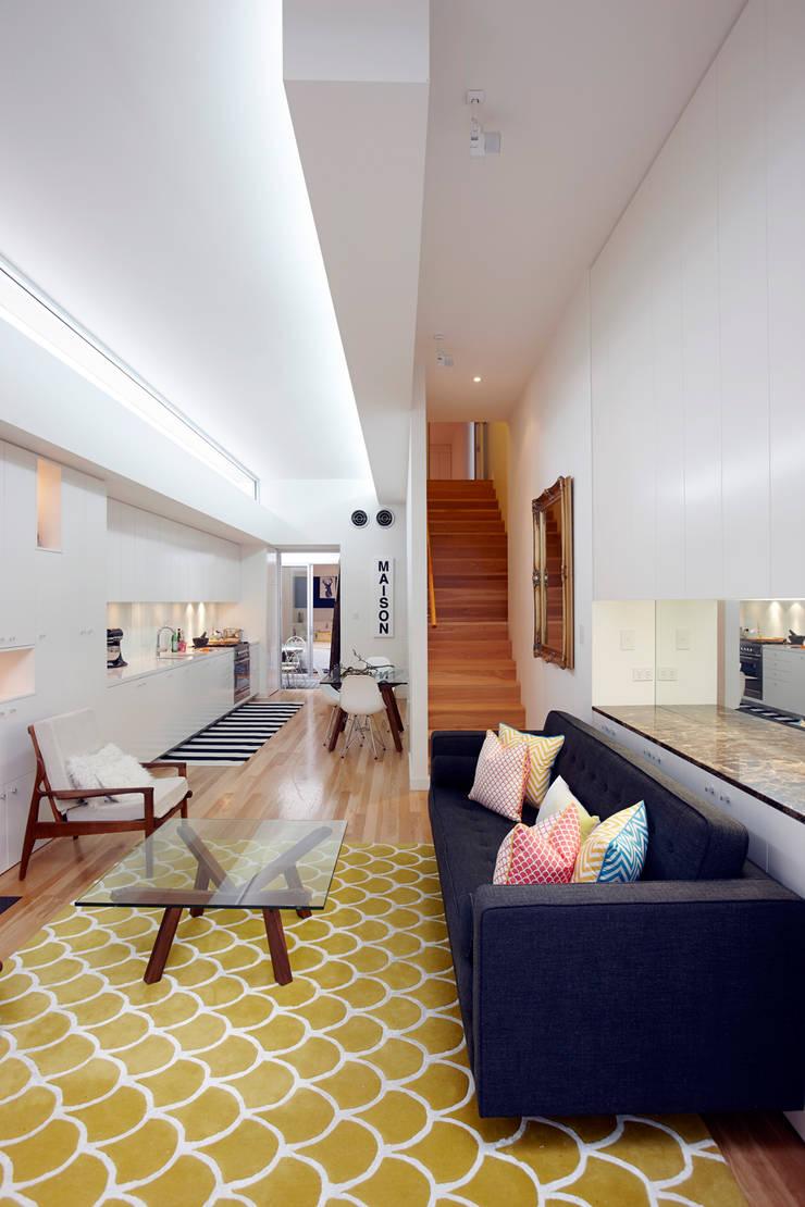 Open plan Living :  Living room by Atelier Lane | Interior Design