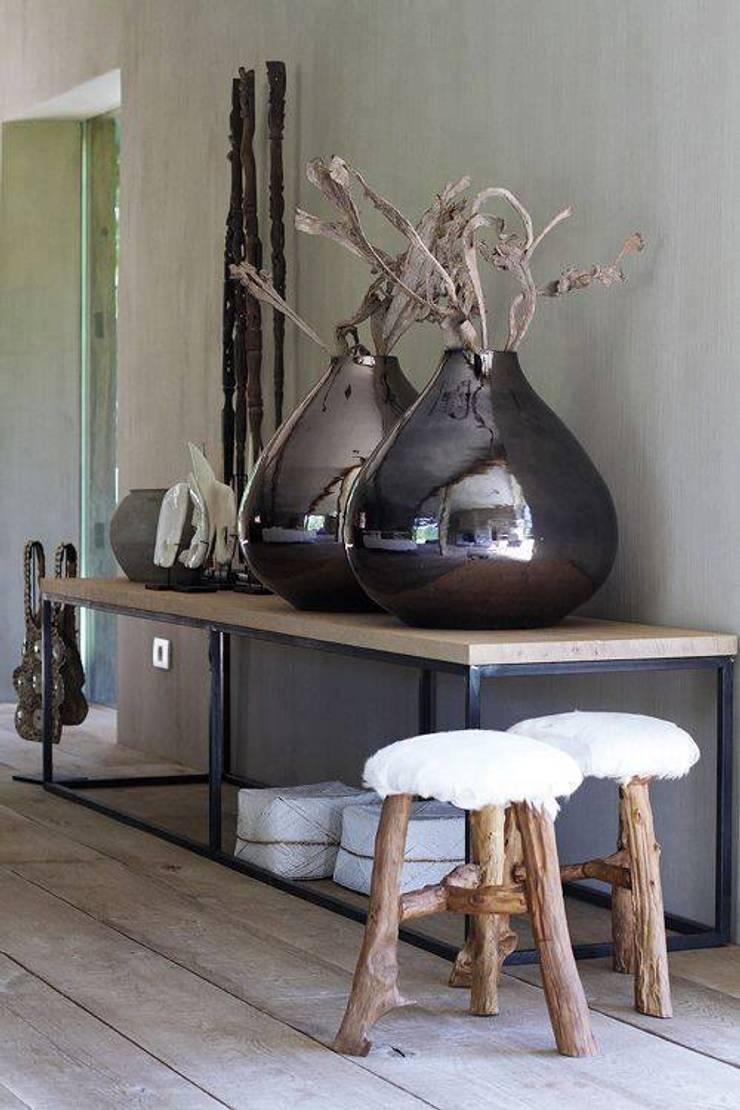 Contemporary Decor : modern Living room by Spacio Collections