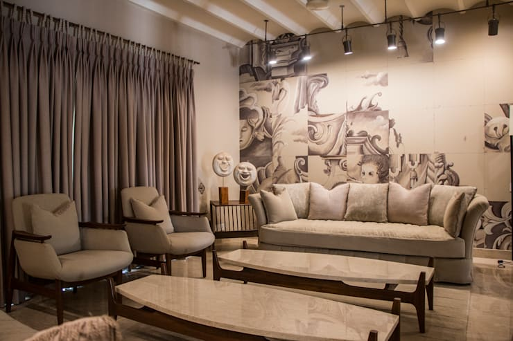 DRAWING ROOM:  Living room by DESIGNER'S CIRCLE