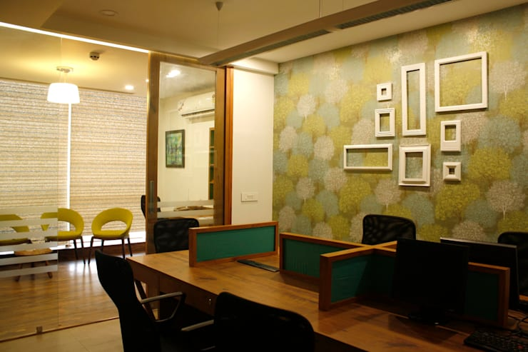 OFFICES :  Office buildings by Stonehenge Designs,Modern