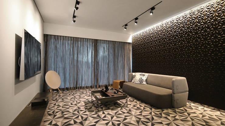 Parc Palais:  Living room by Artta Concept Studio, Modern