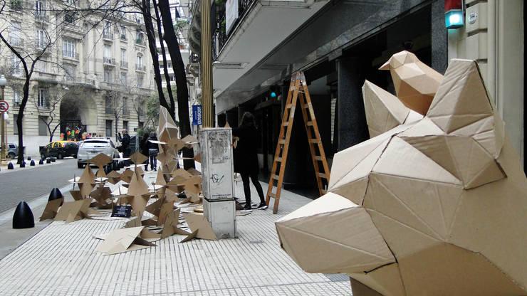 Instalación Artística DArA Design Parade: Arte de estilo  por Proyecto Menos es Más,