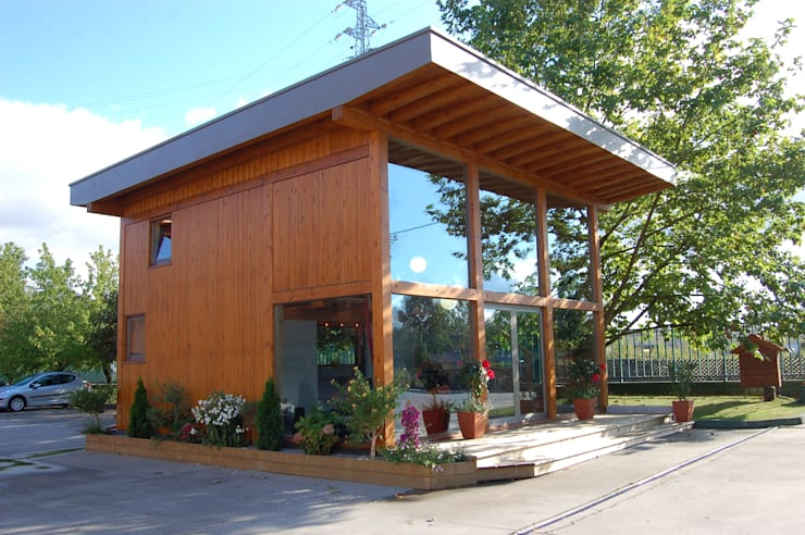 RUSTICASA | Casa modelo | Vila Nova de Cerveira: Casas de madeira  por Rusticasa