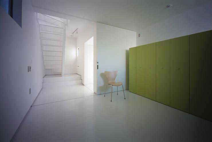 スピンオフ: Smart Running一級建築士事務所が手掛けた寝室です。