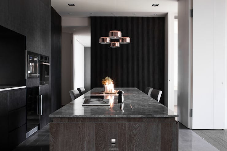 Linkou Z House:  餐廳 by 質覺制作設計有限公司