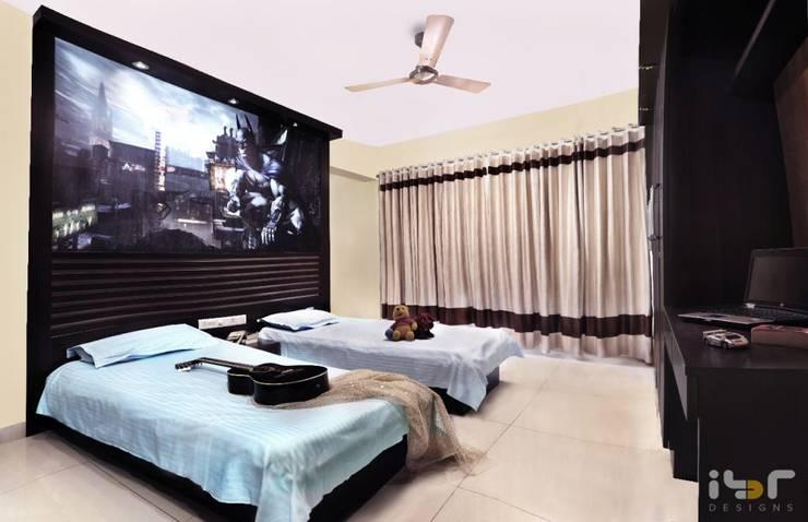 Bedroom:  Bedroom by Interiors by ranjani
