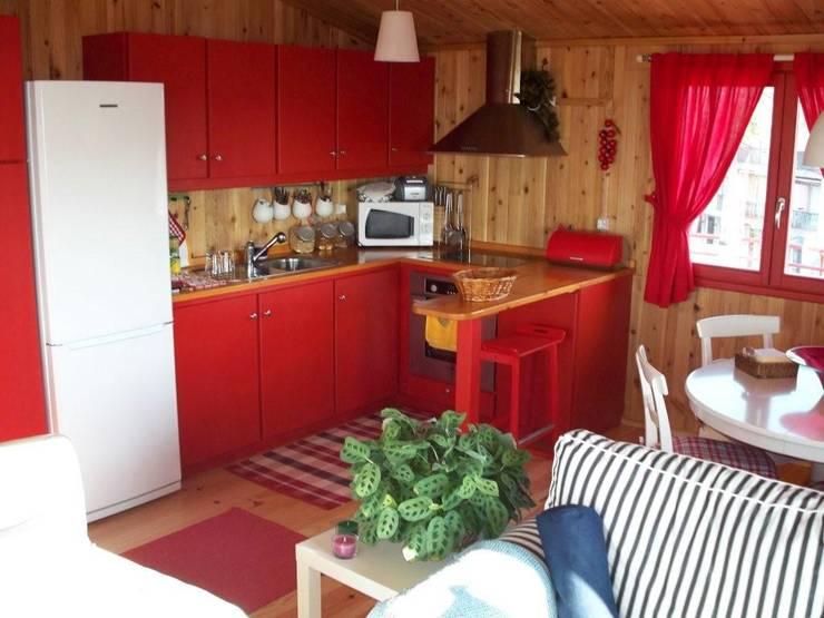 Projekty,  Aneks kuchenny zaprojektowane przez Rusticasa