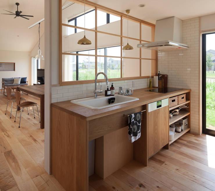 廚房 by 株式会社 井川建築設計事務所