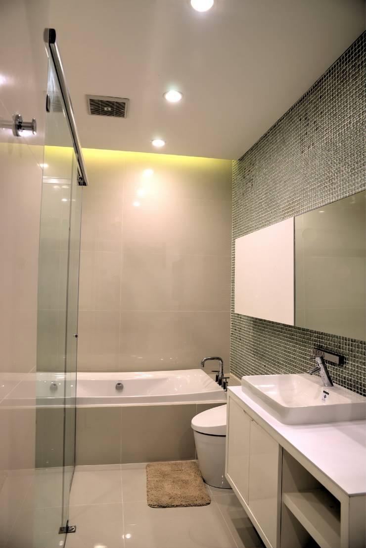 Apartment Belleza Versailes, Permata Hijau Jakarta:   by ARYAdesain