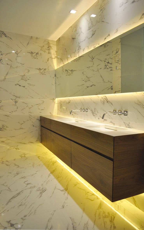 Projekty,  Łazienka zaprojektowane przez Rardo - Architects,