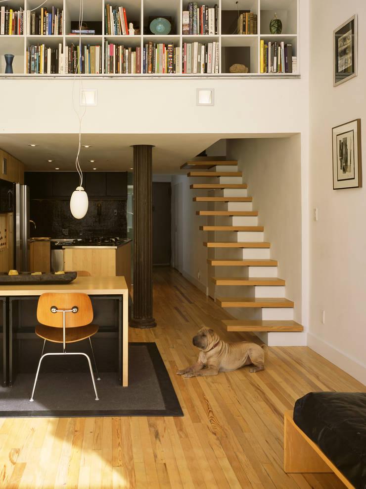 greenwich village duplex: modern Living room by Kimberly Peck Architect