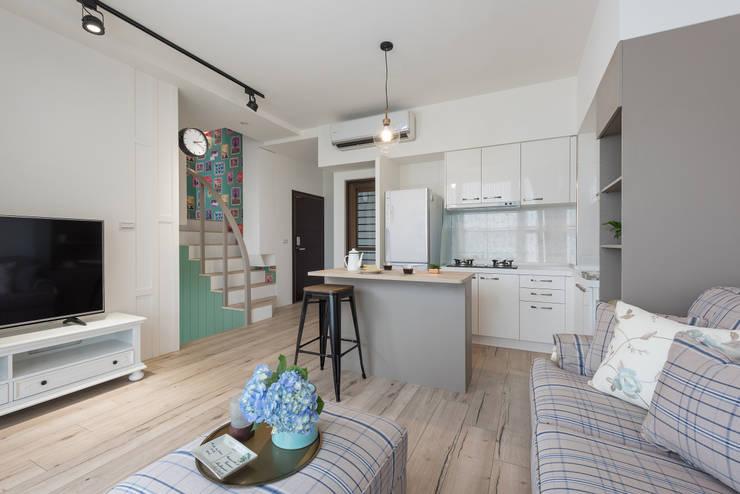 花語:  廚房 by 寓子設計
