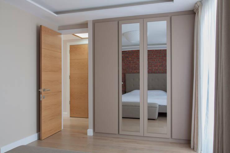 minimalistic Bathroom by AR Architecture