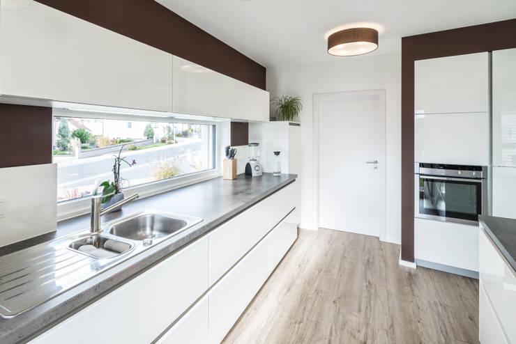 廚房 by wir leben haus - Bauunternehmen in Bayern