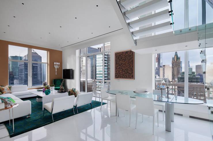 Park Avenue Duplex: modern Dining room by andretchelistcheffarchitects