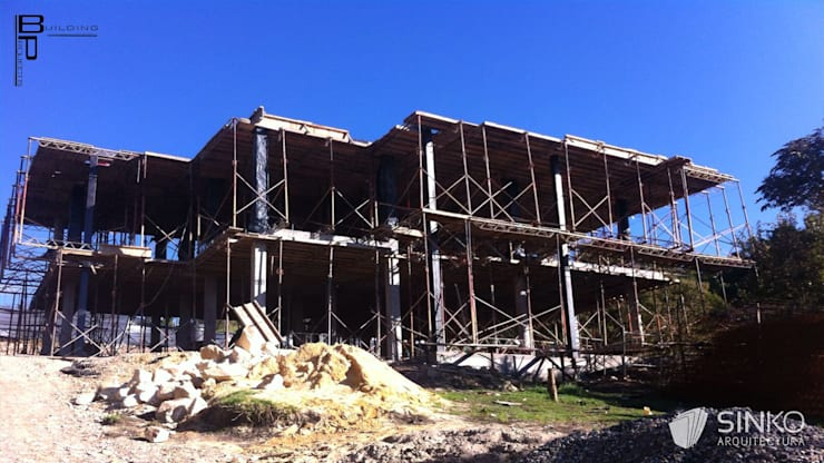 VIVIENDA CAMPESTRE SOPO - CONDOMINIO YERBABONITA: Casas de estilo  por SINKO ARQUITECTURA SAS