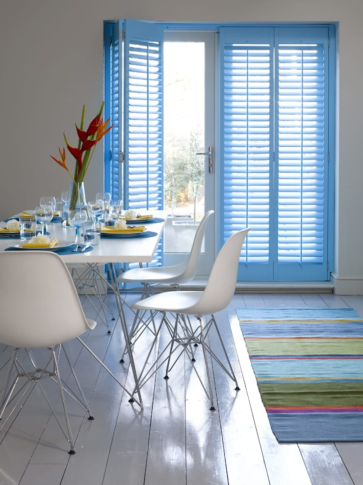 Plantation Shutters—Dining Rooms: mediterranean Dining room by TWO Australia
