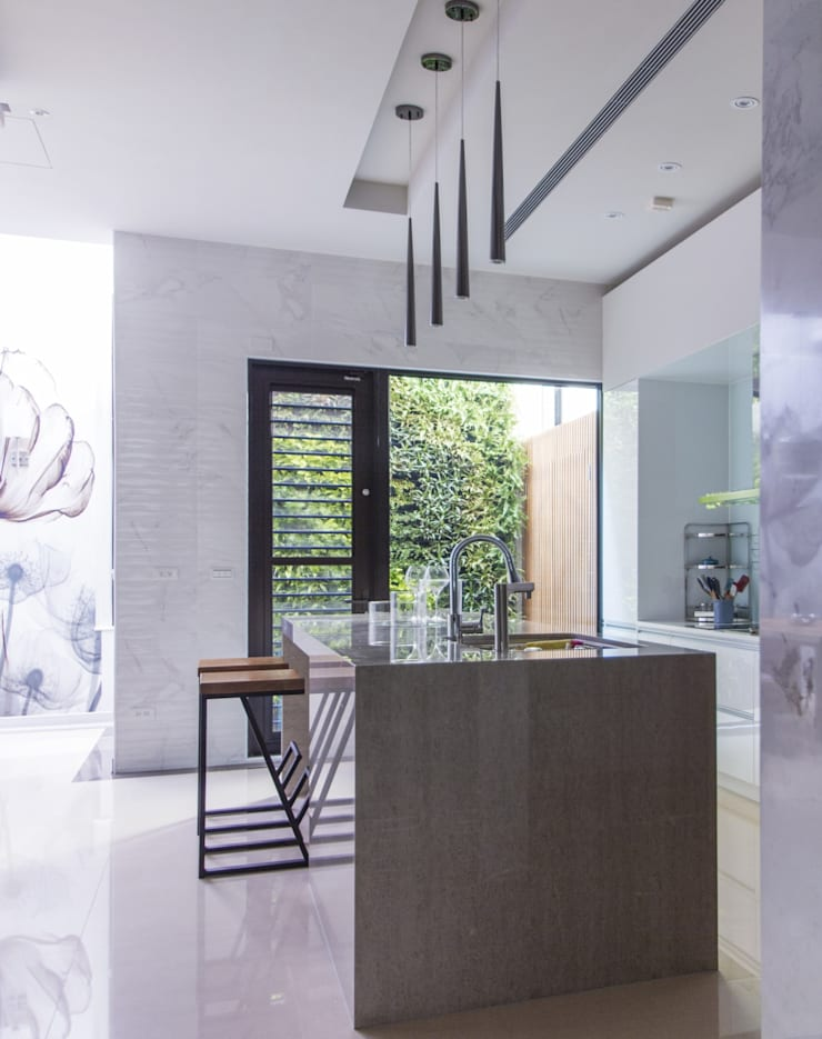 中區 複層住宅:  系統廚具 by 馬汀空間設計